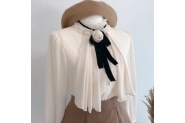 [Request] D.day Girl  Mare Rose Brooch Blouse #Ivory